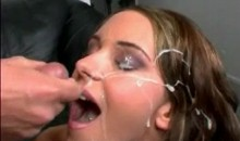 Belle éjaculation faciale